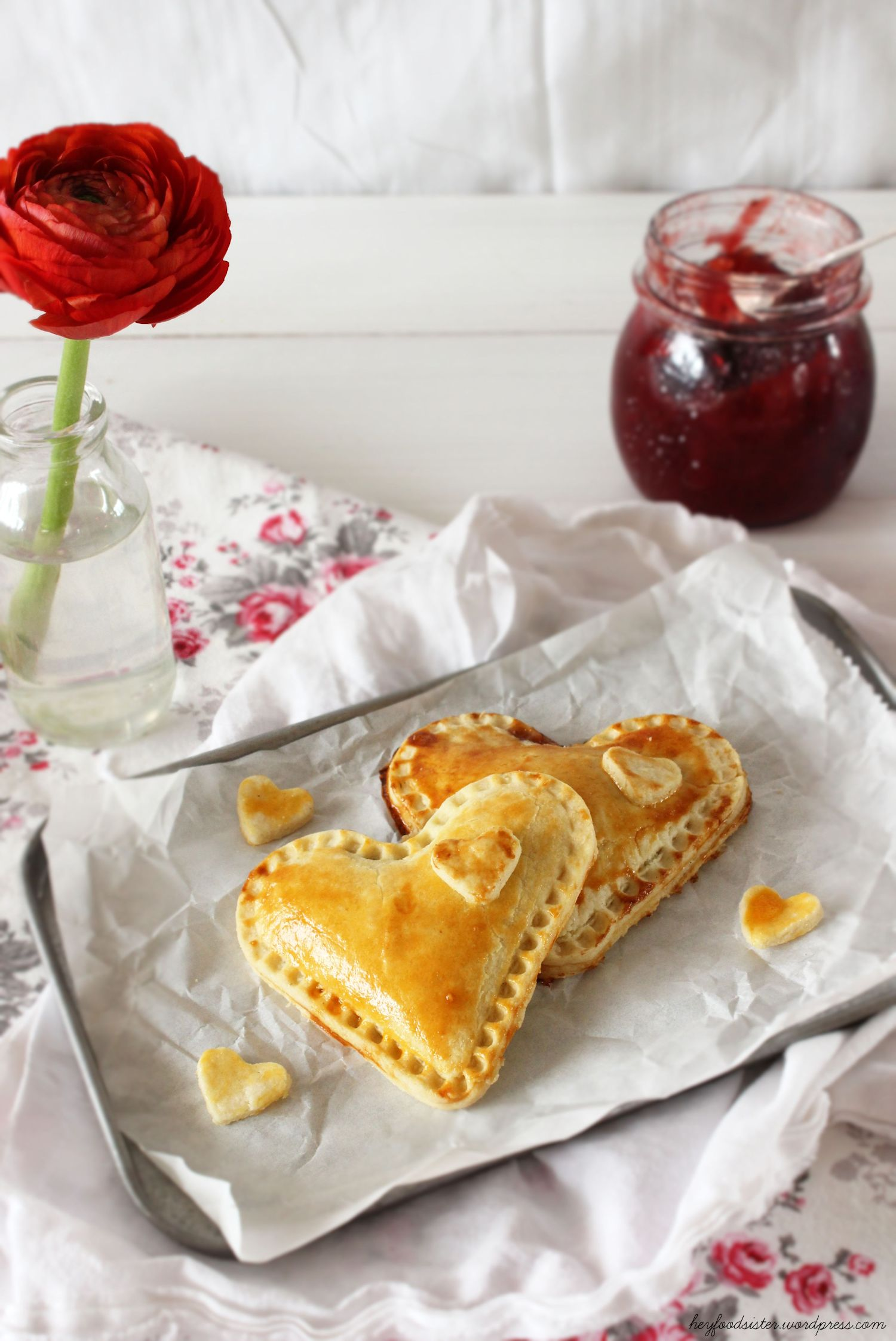 Rezept für herzige Handpies mit Erdbeeren