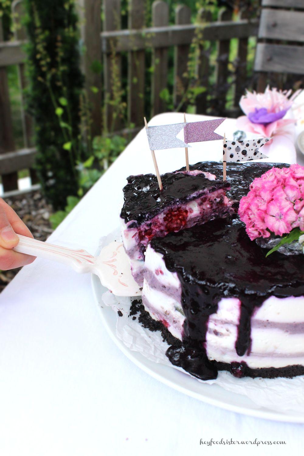 Bloggeburtstag No Bake Blaubeer Cheesecake