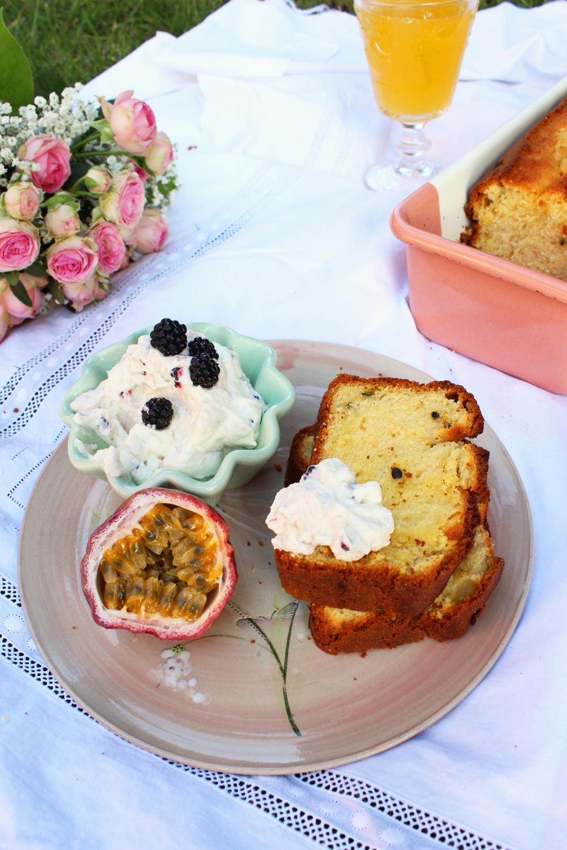 Rezept für einen Kastenkuchen mit Buttermilch Mango und Maracuja