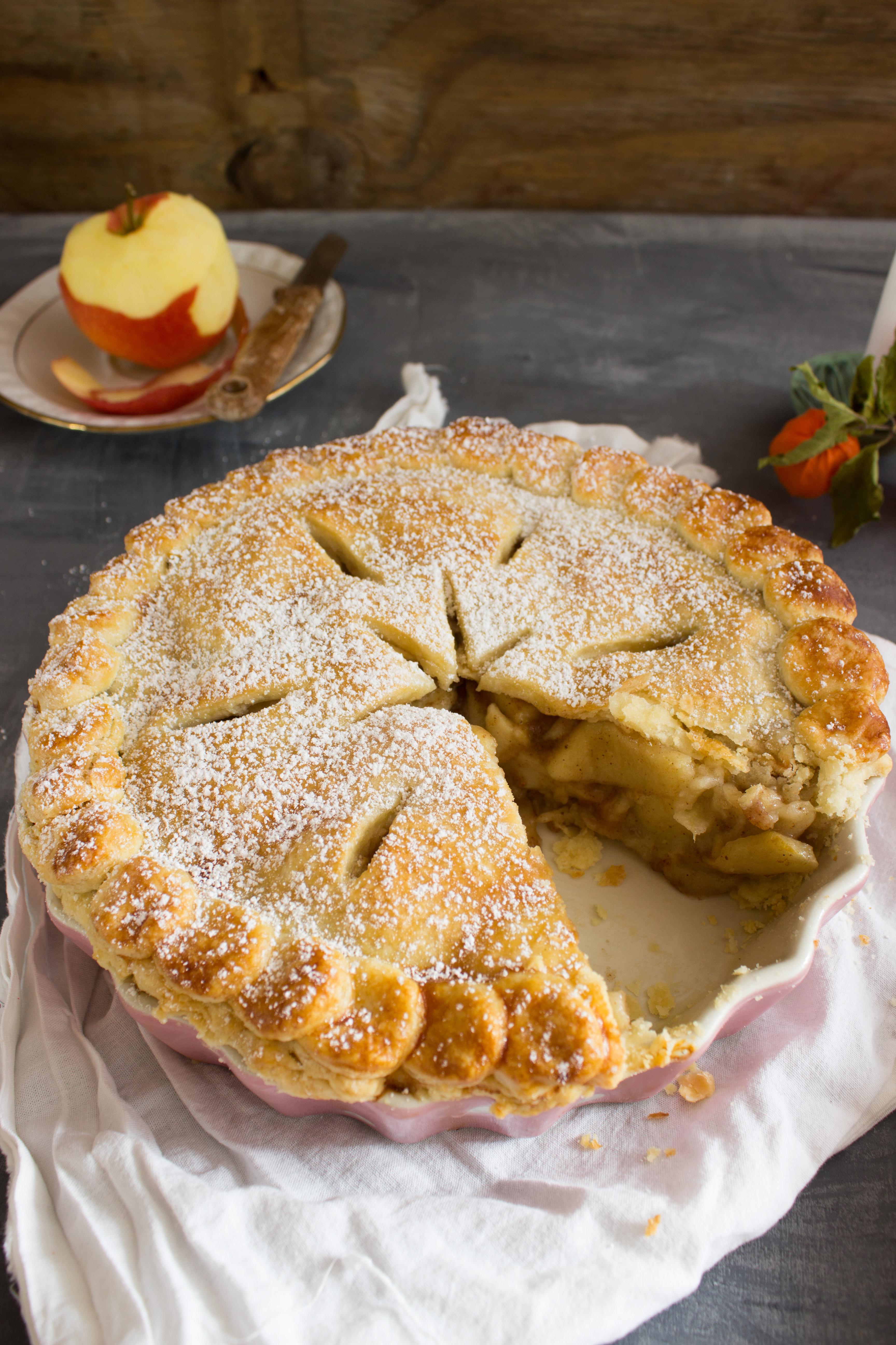 rezept-fur-einen-gedeckten-apfel-pie-mit-chai-gewurzen