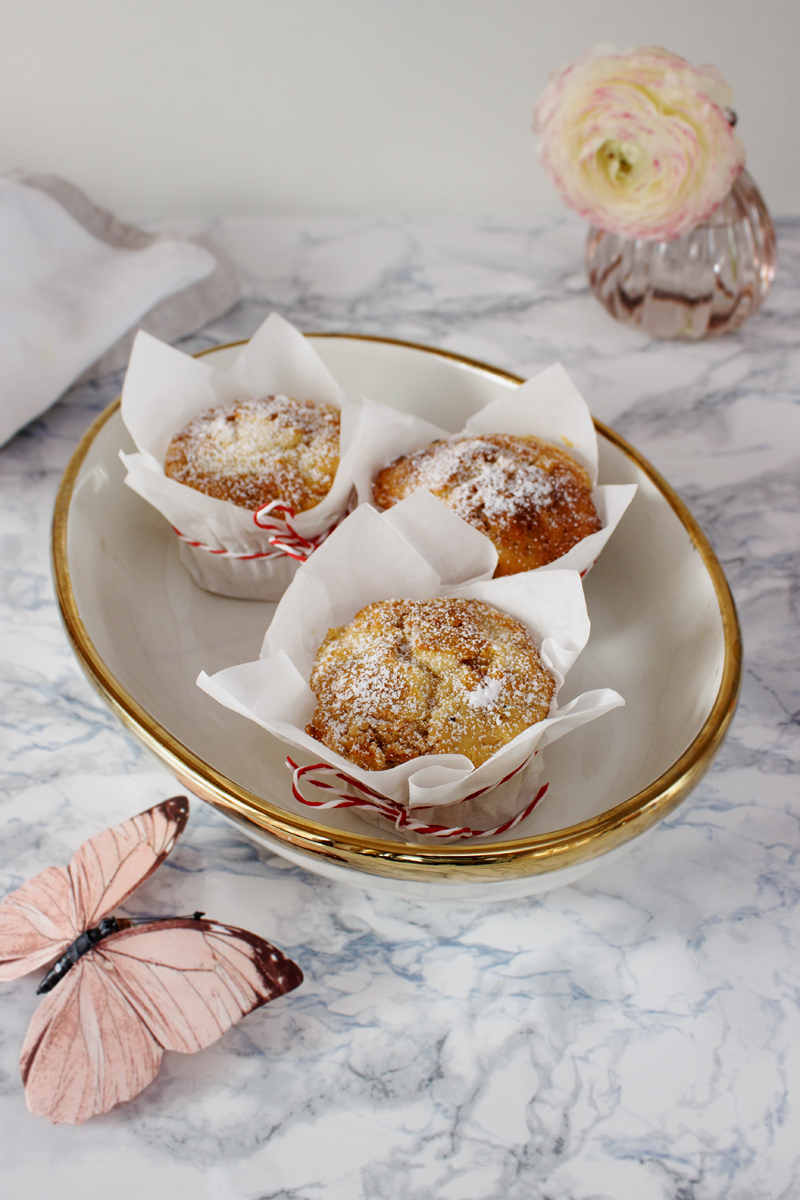 rezept f r karotten k sekuchen muffins ein feines osterrezept hey foodsister. Black Bedroom Furniture Sets. Home Design Ideas