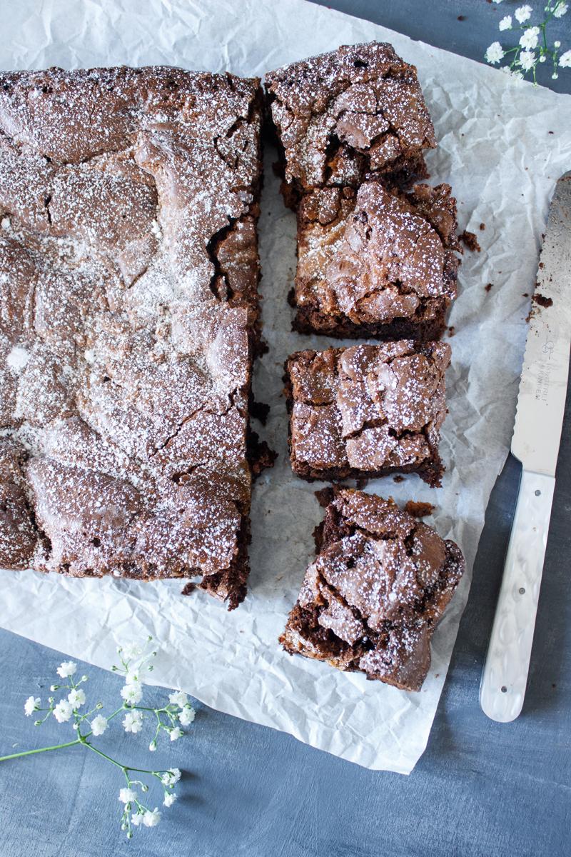 Rezept für Schokoladen Brownies mit Pekanüssen und Salzkaramell