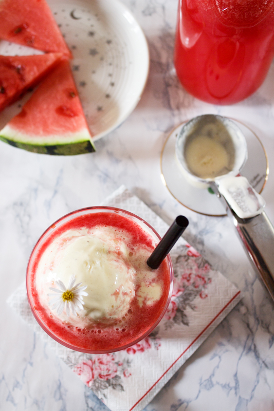 Rezept für Wassermelonen Float mit Vanilleeis Sommer Drink