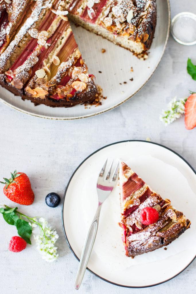 Mandel Ricotta Kuchen mit Rhabarber