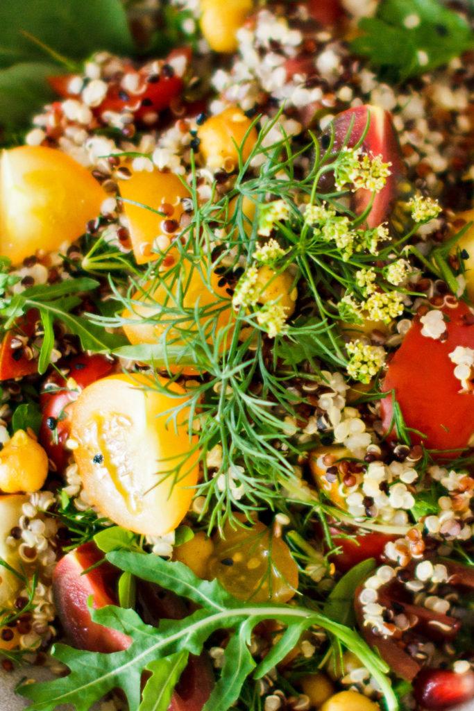 Quinoasalat mit Kichererbsen