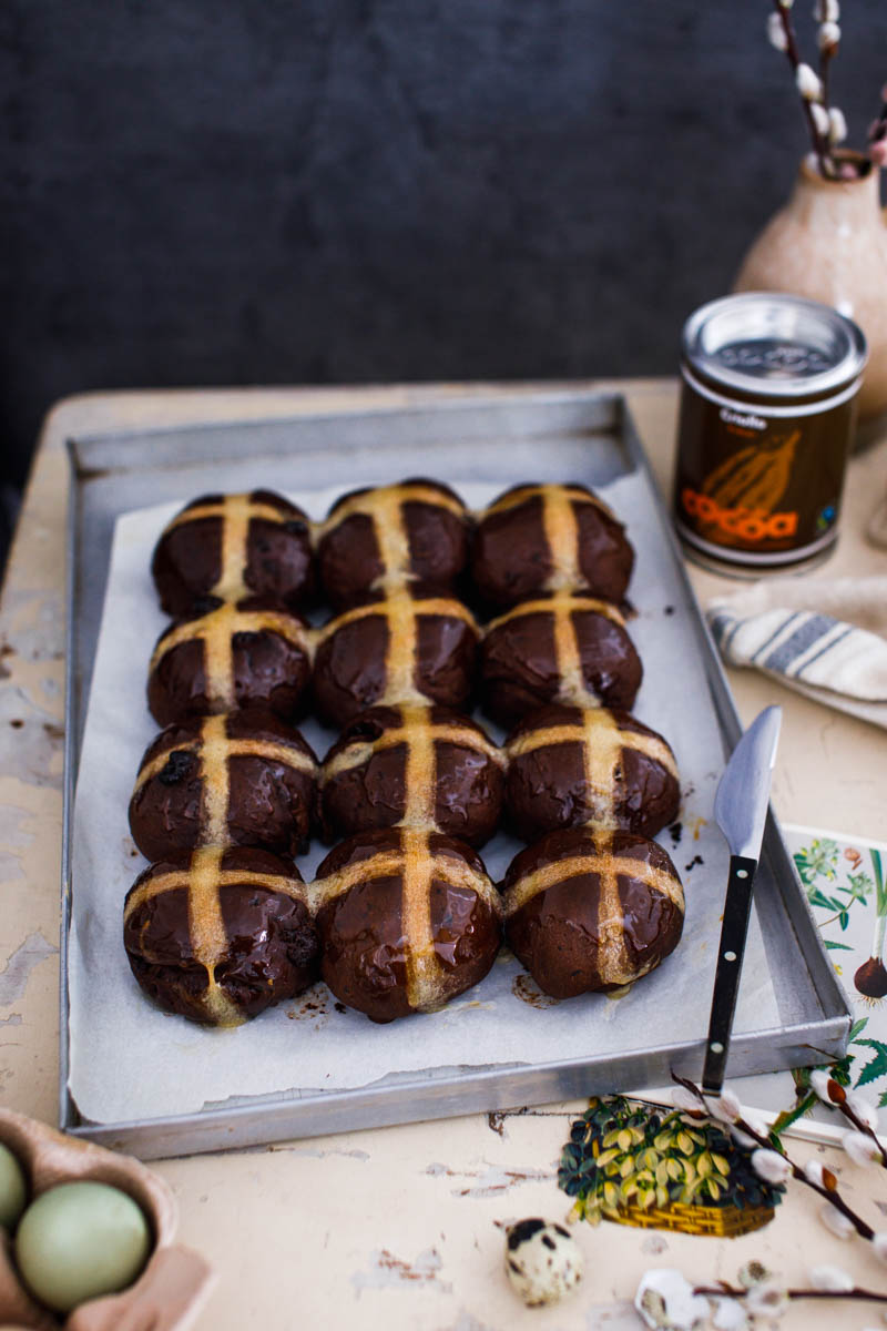 Schoko Hot Cross Buns