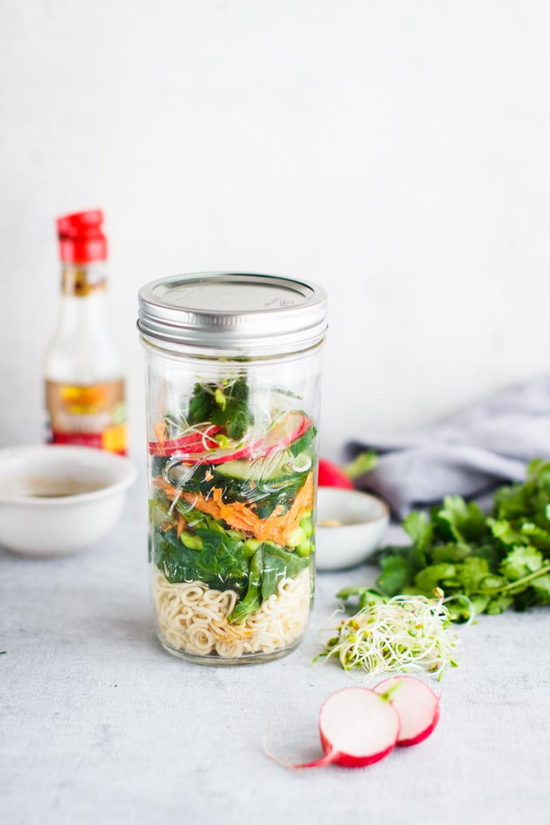 Asia Salat mit Mie-Nudel